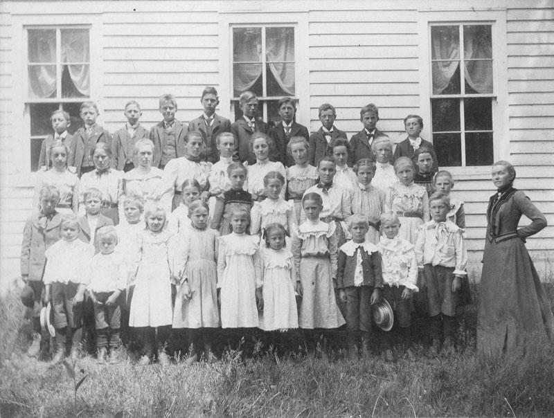 Children-WD-School-1902