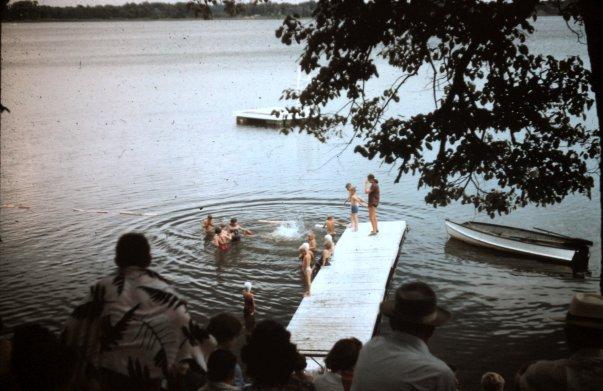 Swimming 1950s2